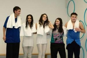 Berliner Jugendliche in der Inszenierung von Tamer Yigit und Branka Prlic