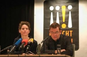 Bibiana Beglau und Matthias Freihof lesen bei der Auftaktpressekonferenz am 16.03.2009